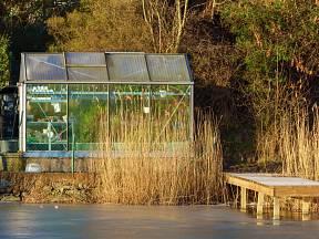 Uvnitř skleníku lze vytvořit bezmrazou oázu