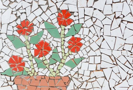 Mozaika jako ozdoba stěny.