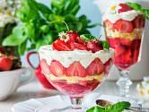 Odlehčený trifle bez pudinku je jako dělaný na léto.
