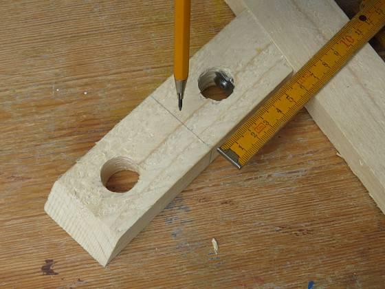 Výroba dřevěné trojnožky: Ryska pro nasazení vzpěry