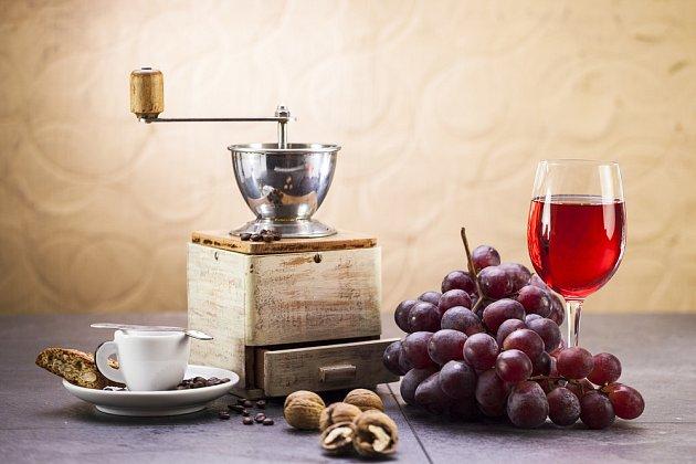 kava a vino_245258500