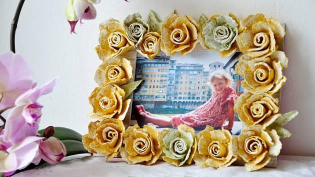 Květinový rámeček potěší nejen maminku
