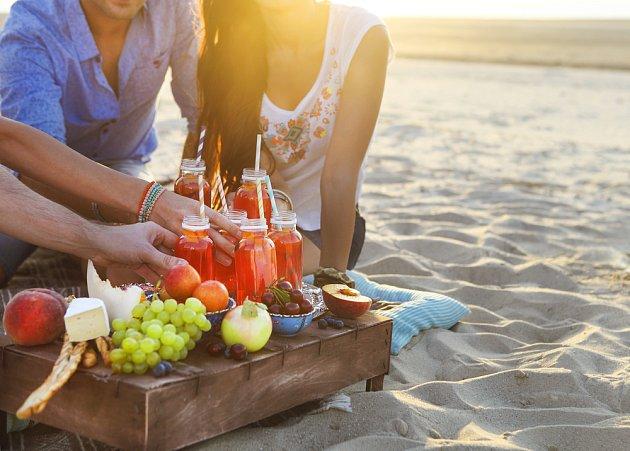 Ovoce je v létě dostupné