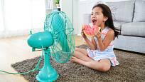 Větrák pomůže, ale teplotu vzduchu nesníží