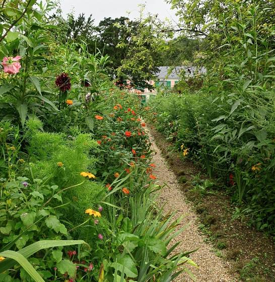 Monetův dům v zahradě v Giverny.