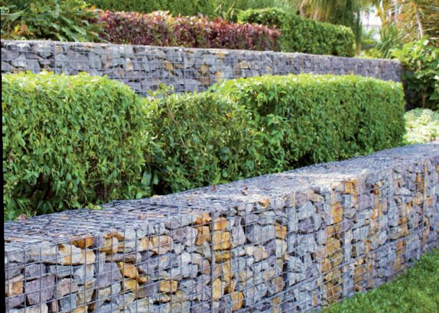 Gabiony jsou zajímavé, moderní, ale ne každému se líbí drátovaný kámen