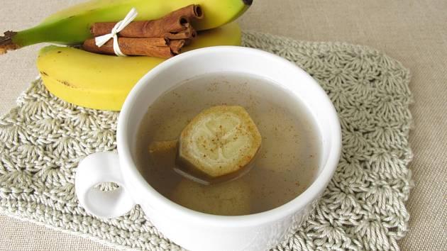 Banánovo skořicová voda