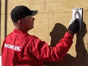Odborná instalace zateplení fasády.