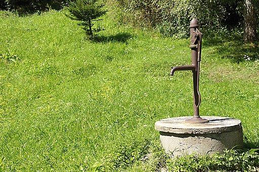 proutkaři byli využívání pro určení místa, kde vykopat studnu