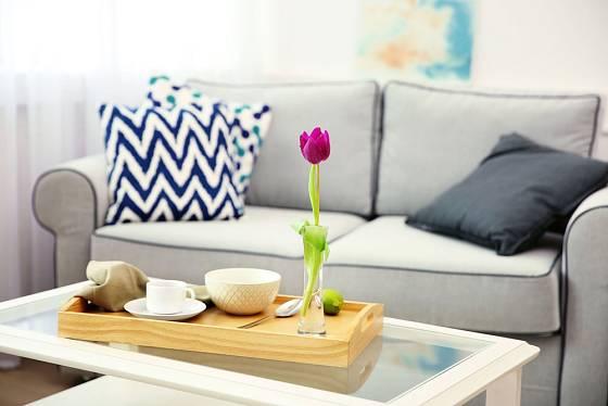 I jediný tulipán dodá místnosti skvělou jarní atmosféru.