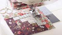 Díky šicímu stroji je šití patchworku mnohem snadnější.