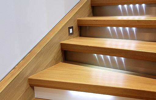 osvětlení schodů