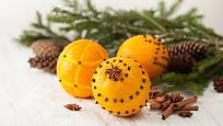 Vůně pomerančové kůry vykouzlí vánoční atmosféru.
