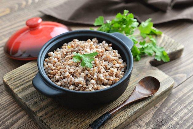 Pohanková kaše je lehkým obědem či večeří.