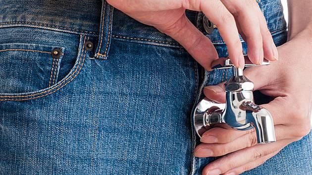 inkontinence z přetékání se projevuje hlavně u mužů