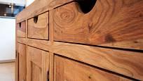 Dřevo je krásné, ale musí se o něj pečovat