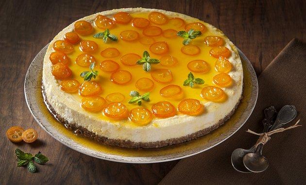 cheesecake ozdobený kolečky kumkvátu
