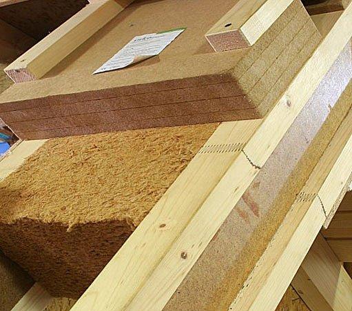 Nad krokevní tepelná izolace z tuhých dřevovláknitých desek