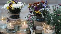 Aranžmá ze sušených květin zpříjemní podzimní a zimní dny