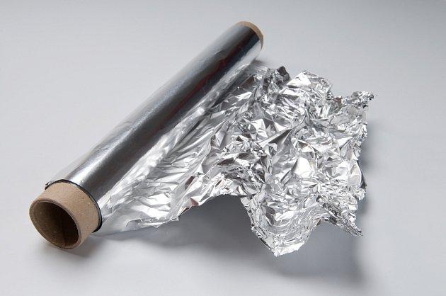 Lesklý a matný vzhled alobalu nehraje v kuchyni žádnou významnou roli.