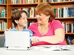 Dyslexii, dysgrafii a poruchu soustředěnosti pomůže zvládnout vhodně zvolené doučování.