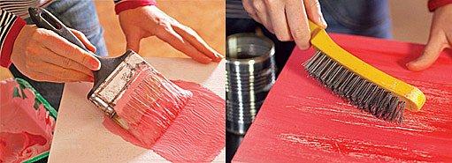 Rustikálního povrchu dosáhneme, když železným kartáčem přejedeme přes barvu.