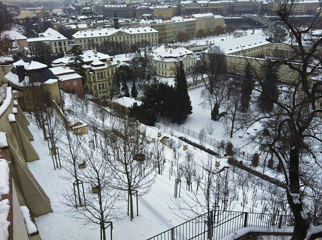 V samém centru Prahy můžete prozkoumat jednu z palácových zahrad.