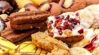 Do marokánek můžete přidat třeba i sušené třešně nebo višně.