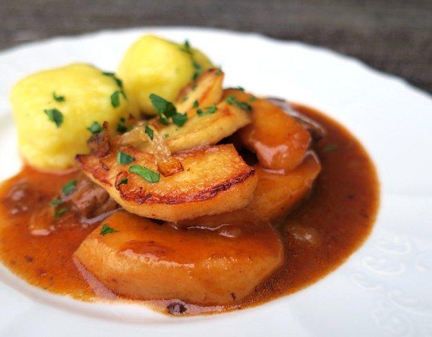 Bramborový knedlík - Kartoffelknödel.