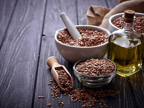 Lněné semínko obsahuje vzácné omega 3 mastné kyseliny.