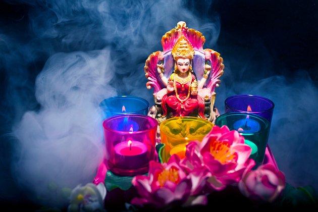 lotos a hinduistická bohyně Lakshhmi