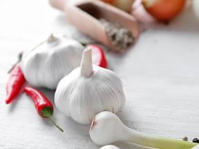 K nejběžnějším českým superpotravinám patří cibule a česnek