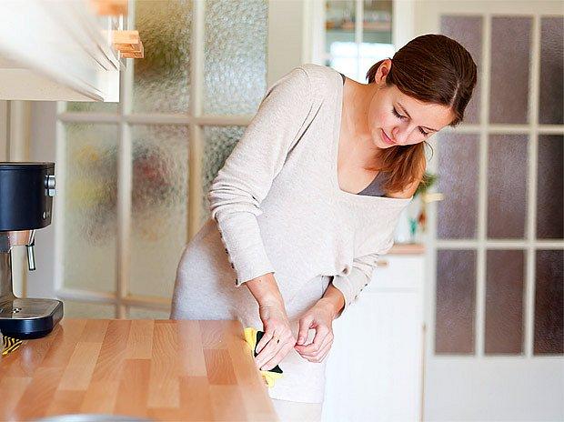 Máte–li kuchyň z pravého dřeva, dávejte velký pozor při výběru čistícího prostředku.