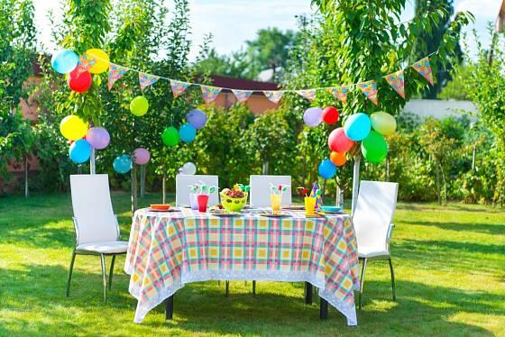 Dětská zahradní párty může začít...