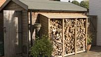 Přístřešek pro skladování palivového dřeva.