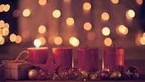 Svíčky vyskládejte vedle sebe