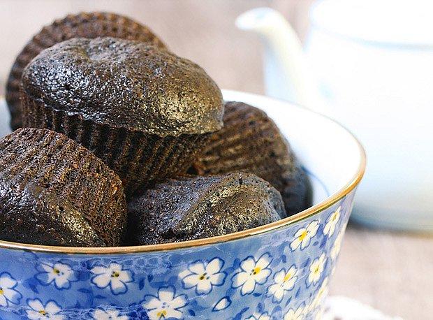 Karob lze přidat i do perníku podobných muffinů