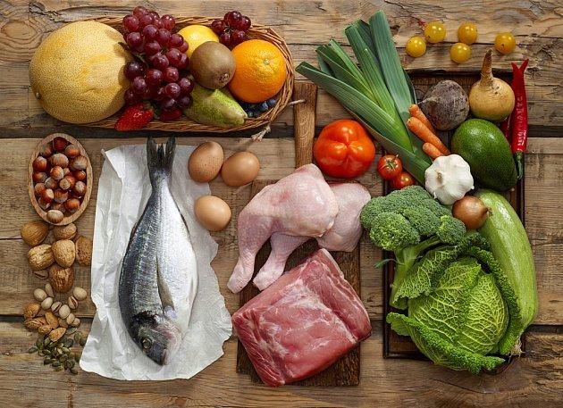 Dieta sama o sobě nepomůže. Důležité je přehodnotit stravovací návyky.