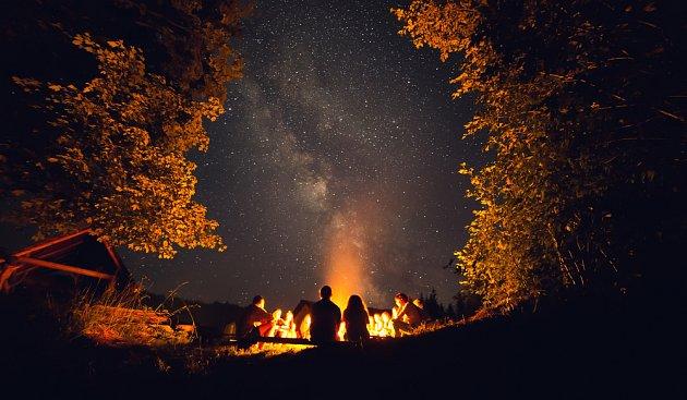 Večery i noci v přírodě jsou nezapomenutelné