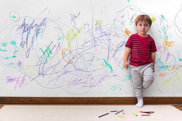 Pomalovanou zeď znají skoro všichni rodiče