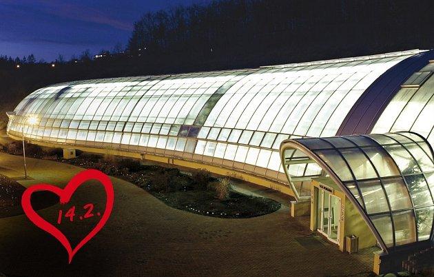 Večerní osvětlení skleníku Fata Morgana