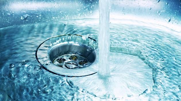 V domácnosti se za den vyprodukuje mnoho litrů odpadní vody