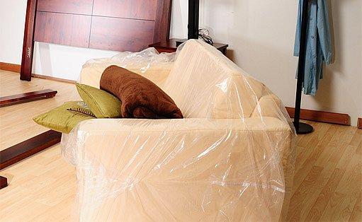 příprava na malování - vystěhování nábytku či jeho přikrytí
