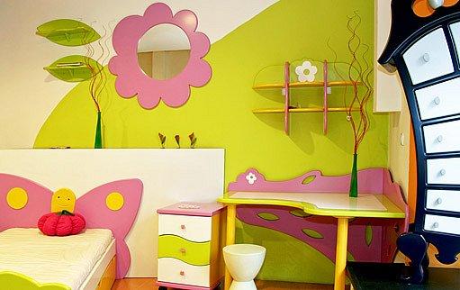 na dětském pokoji můžete využít svůj barevný potenciál