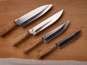 Japonsko není jen zemí rozkvetlých sakur a sushi, ale také ostrých nožů