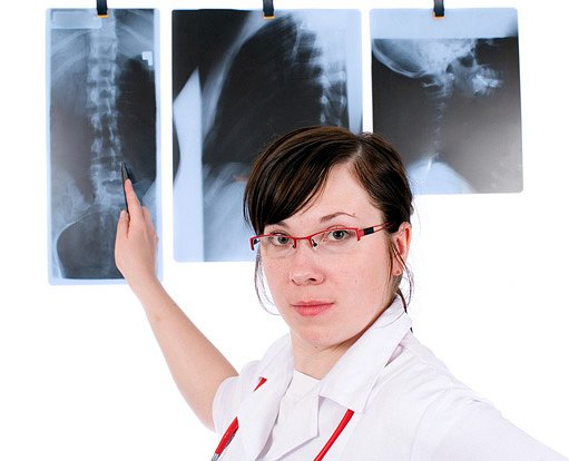 Lékařka - bolest zad
