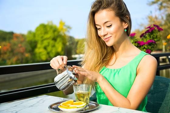 Zelený čaj působí proti depresím