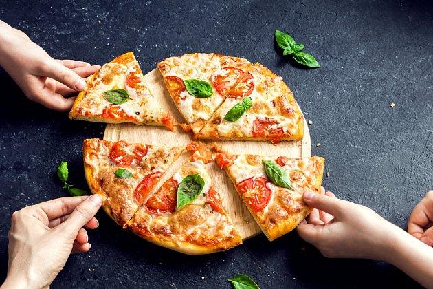 Pizzou uděláte radost každému.