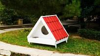 Malému psovi postačí malý psí domek.