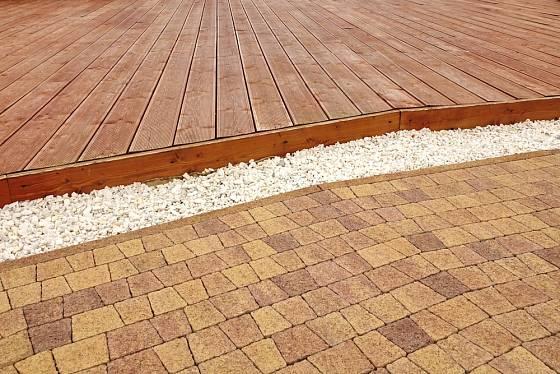 Který materiál je nevjhodnější? Těžko říct, většina uživatelů ale zvolí dřevo.